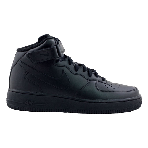 Nike Air Force Nere Basse Indossate
