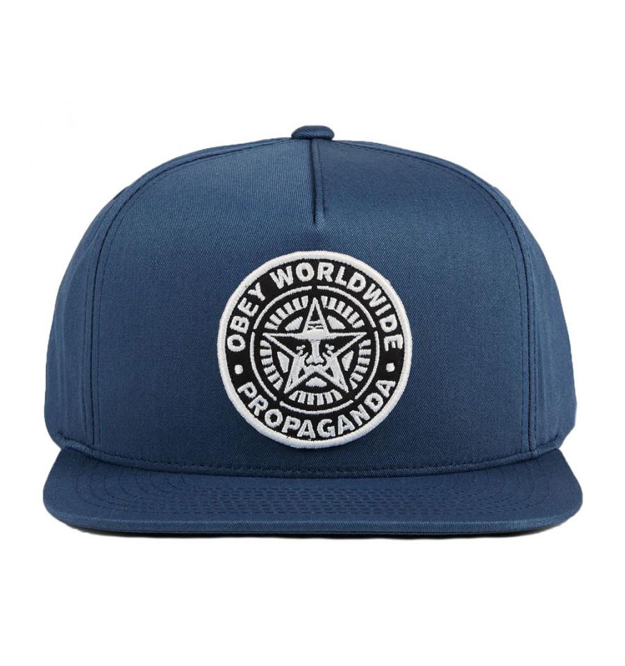 cappello con scritta obey